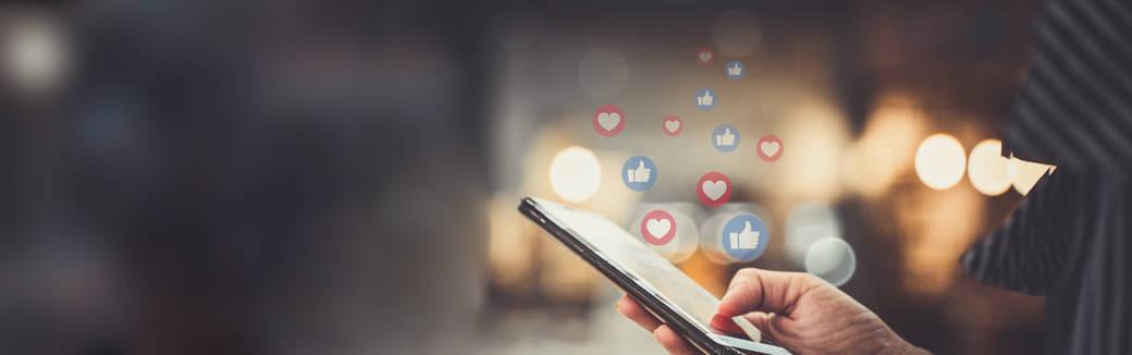 flirt on social media